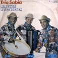 """Esse é o segundo LP do Trio Sabiá, dos quatro LPs gravados com a primeira formação, Rochinho, Tio Joca e Pilão. """"Os três componentes já haviam decidido que o trio […]"""