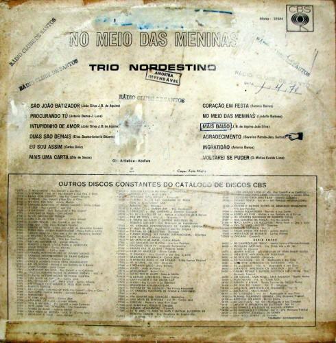 trio-nordestino-1970-no-meio-das-meninas-verso