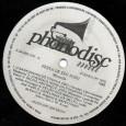 Colaboração do Lourenço Molla, de João Pessoa – PB O disco foi lançado originalmente em 1969, mas observem que o exemplar do qual foi retirado esse áudio é um re-lançamento […]