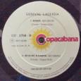 """Colaboração do Joca, o Rojão Stéreo, de Brasília – DF. """"Segue este compacto de Genival Lacerda lançado em 1977. Suas músicas estão no álbum O Homem que Tinha Três Pontinhos, […]"""