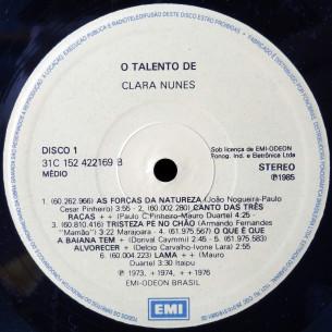 O talento de Clara Nunes - selo1 B